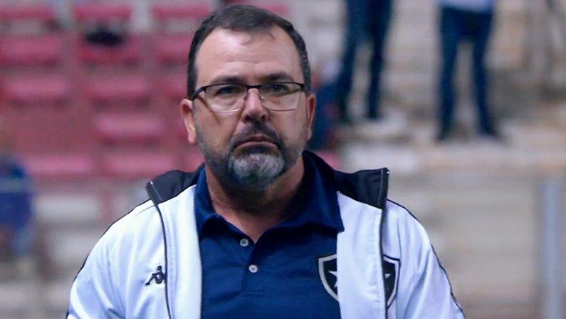 Enderson Moreira em Cruzeiro x Botafogo | Série B do Campeonato Brasileiro 2021