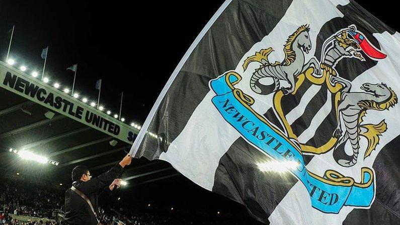 Bandeira do Newcastle United no estádio St. James' Park